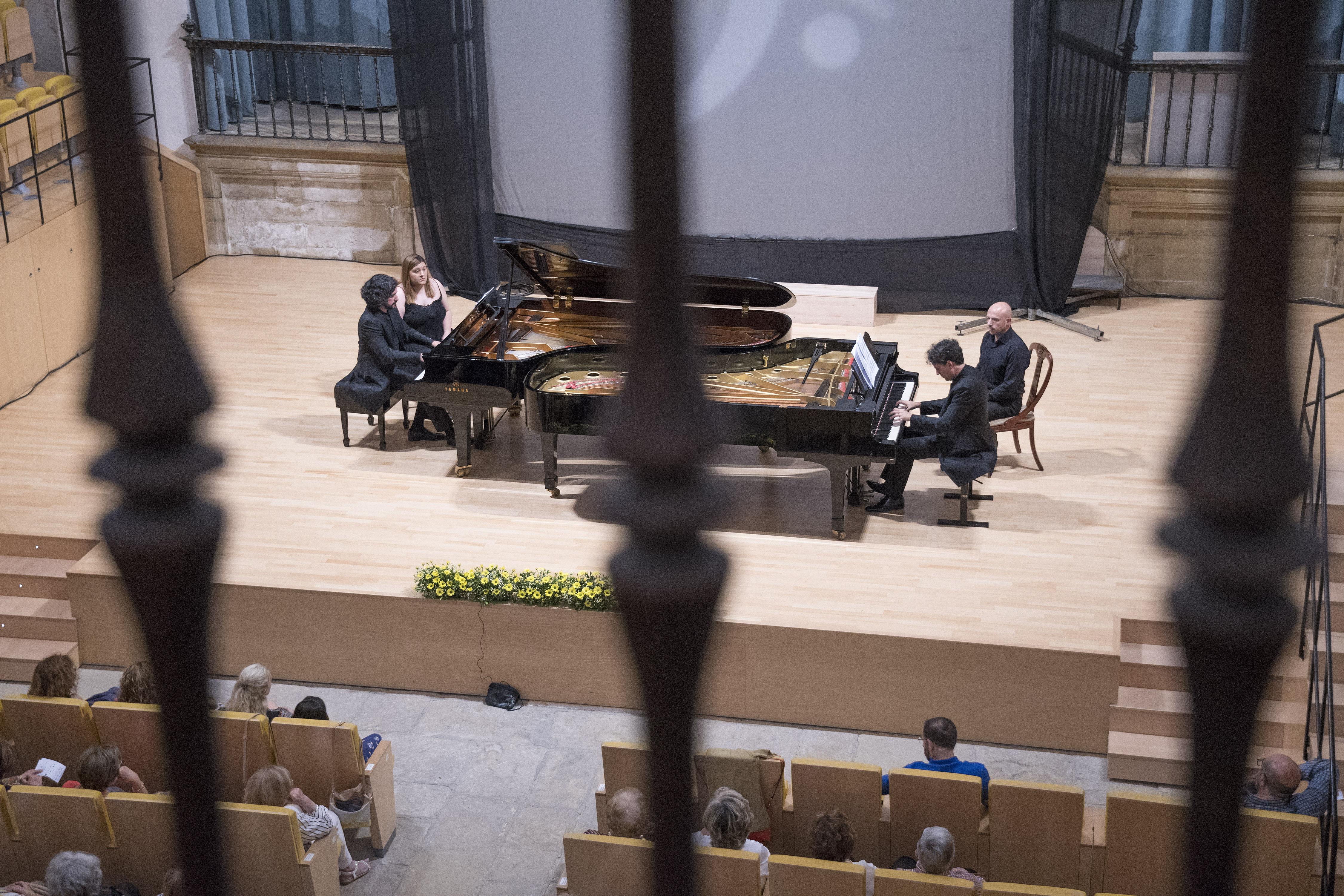 Los pianos de los hermanos Moreno Gistaín