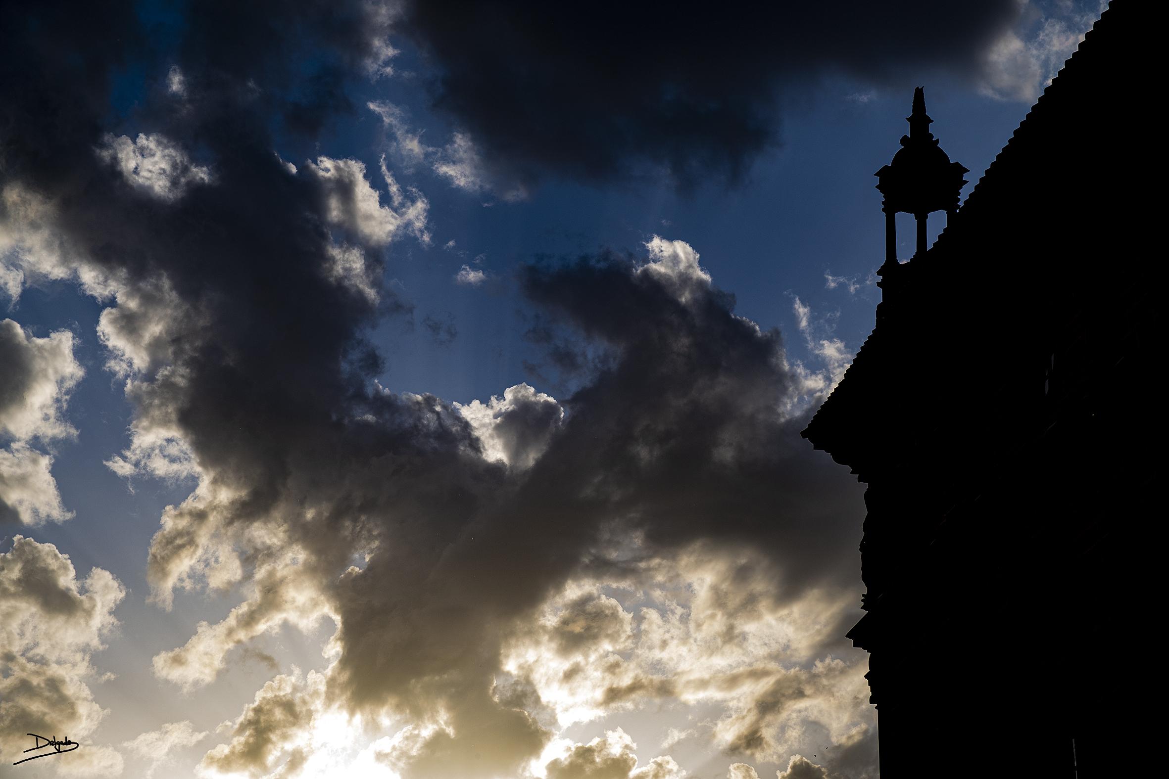Foto del día: Nuestras luces y nuestras sombras