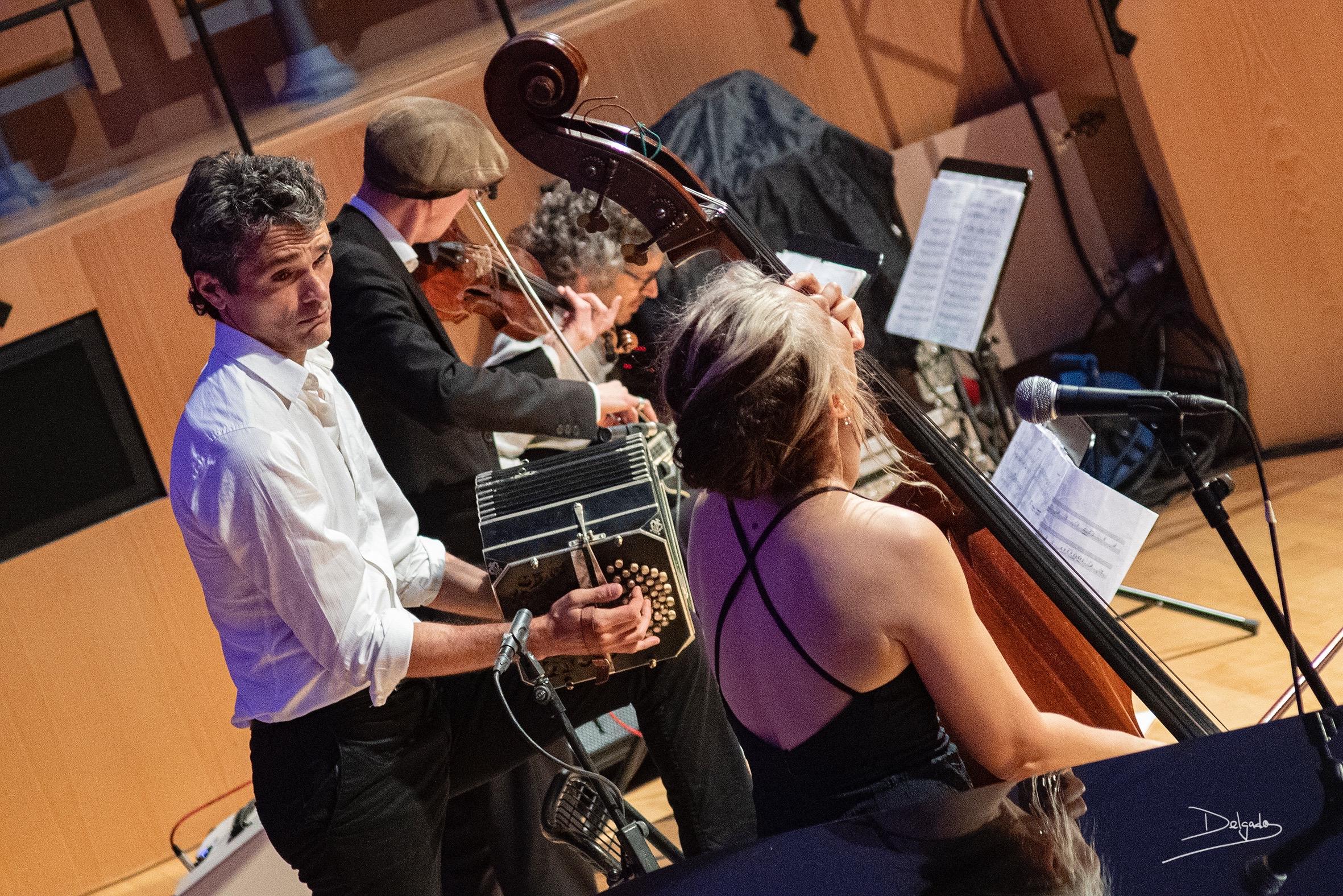 Momentos del homenaje a Piazzolla del Quinteto Astor